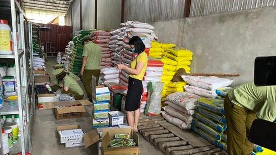 Hà Giang: Phát hiện gần 4.000 sản phẩm thuốc bảo vệ thực vật hết hạn sử dụng