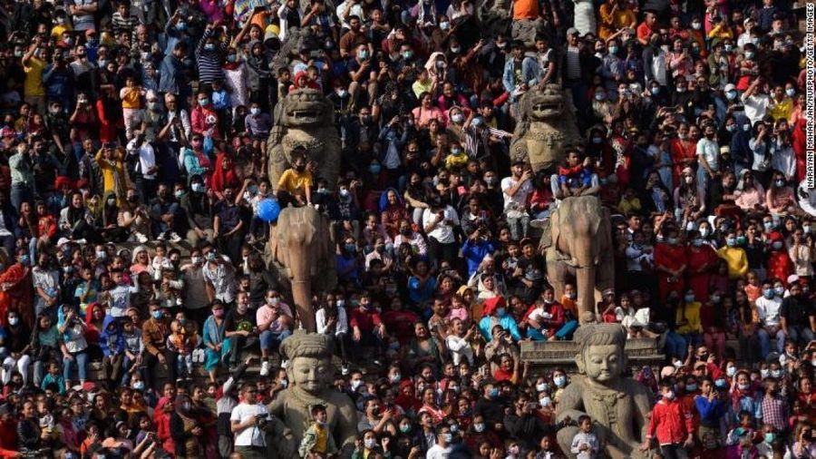 Nepal nguy cơ đối mặt với thảm họa Covid-19 tương tự Ấn Độ