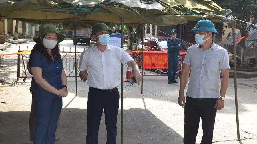 Yên Bái xác định 40 người từng đến Bệnh viện Bệnh Nhiệt đới Trung ương