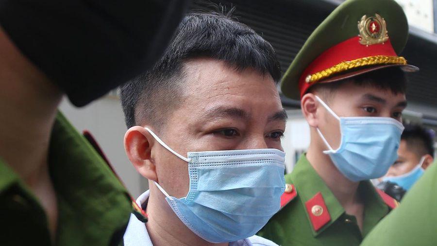 Bị đề nghị án đến 16 năm tù, cựu Phó tổng giám đốc Công ty Nhật Cường 'sốc'