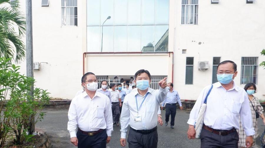 Cần Thơ: Kiểm tra việc triển khai bệnh viện dã chiến số 4