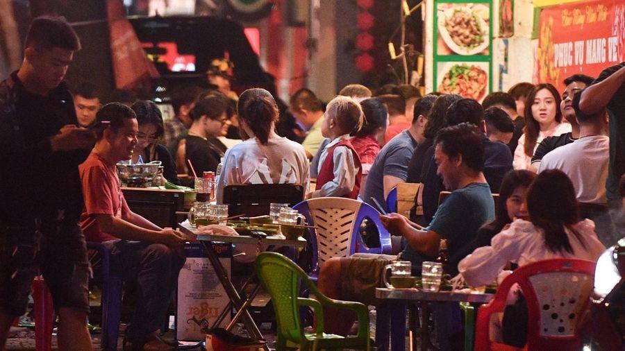 TP.HCM kêu gọi người từng đến quán nướng Bảo Lộc khai báo y tế