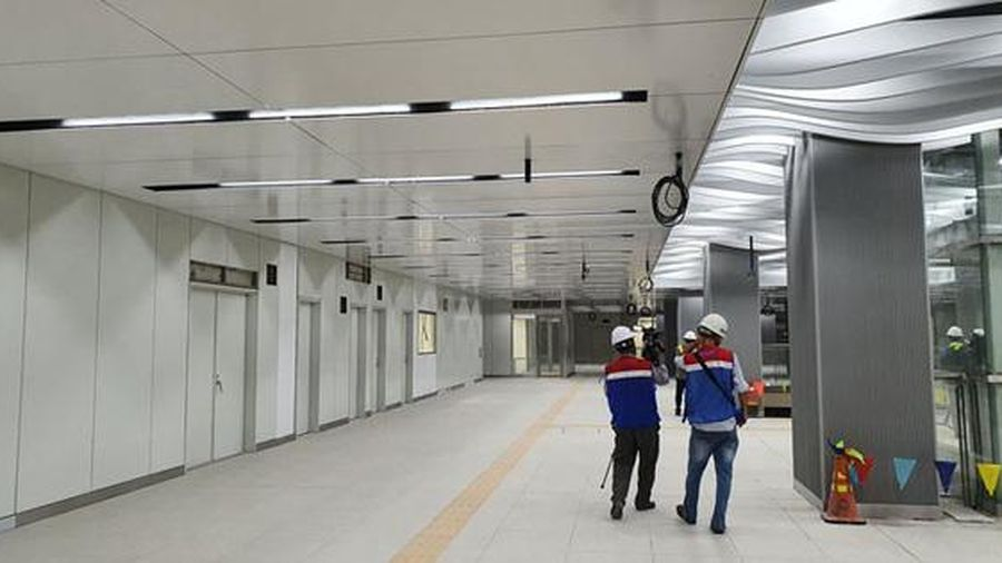 Metro sắp chạy rồi!