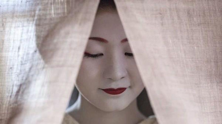 Triển lãm ảnh 'Khoảnh khắc bí mật của Maiko' tại Hà Nội