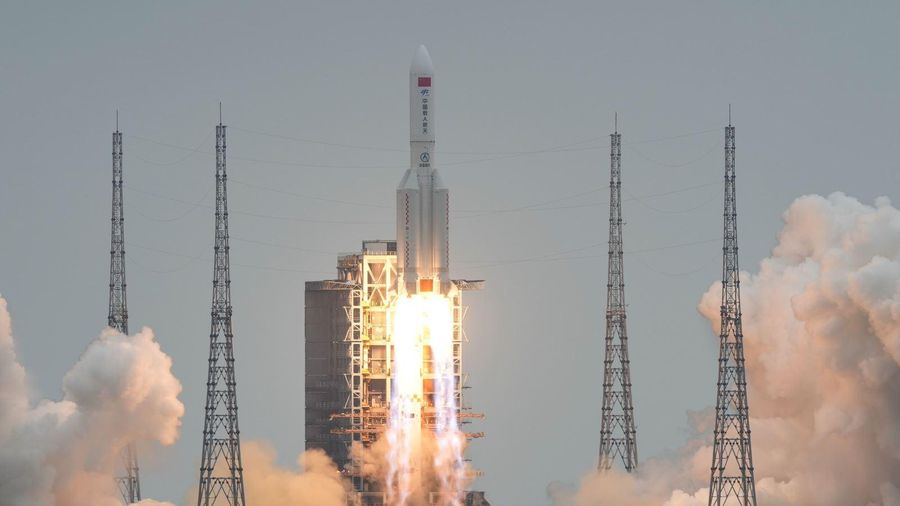 Trung Quốc khẳng định 'tên lửa mất kiểm soát' cháy rụi, không gây đe dọa Trái đất