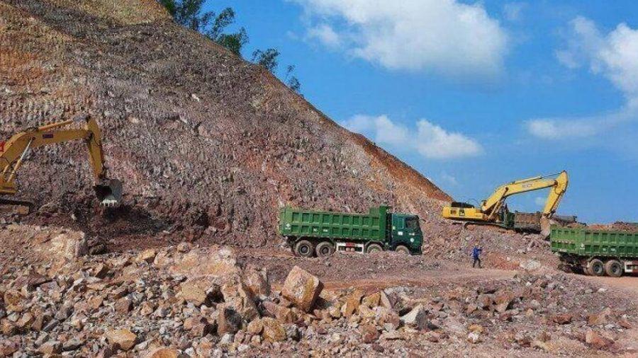 Thủ tướng yêu cầu xử nghiêm đối tượng đầu cơ vật liệu làm cao tốc Bắc - Nam