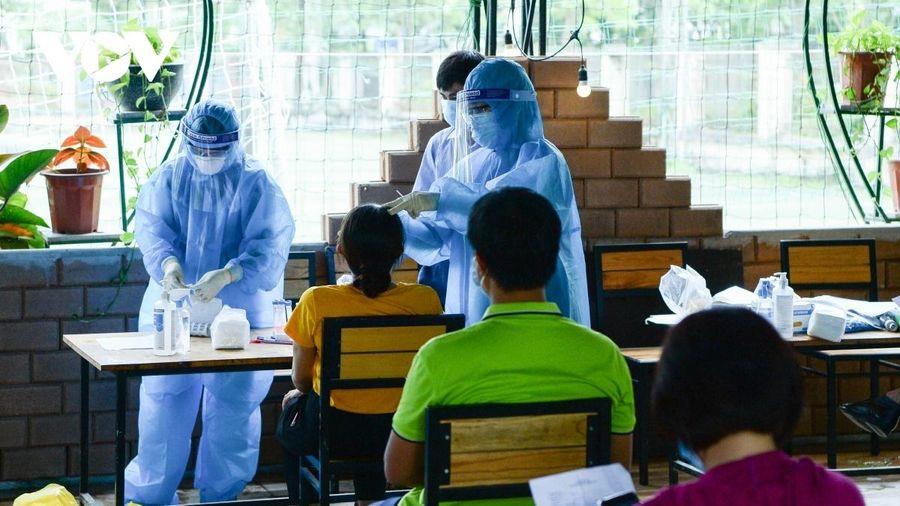 Bộ Y tế yêu cầu rà soát toàn bộ quy trình xét nghiệm COVID-19