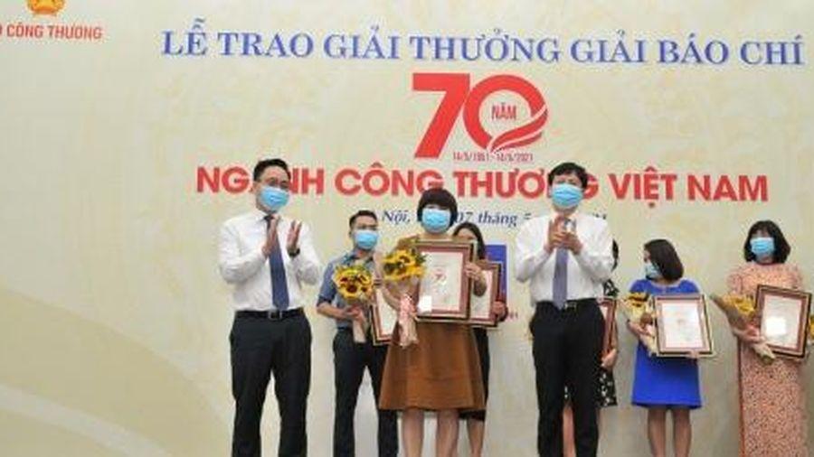 Báo Đầu tư đạt Giải C báo chí 70 năm ngành Công Thương