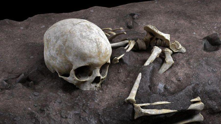 Em bé 'ngủ say' trong mộ cổ 78.000 năm tuổi