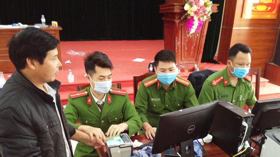 Tạm dừng cấp căn cước công dân tại hai huyện Đông Anh, Thanh Trì