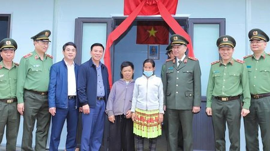 Thanh Hóa: Nỗ lực hoàn thành 600 căn nhà cho người nghèo huyện Mường Lát