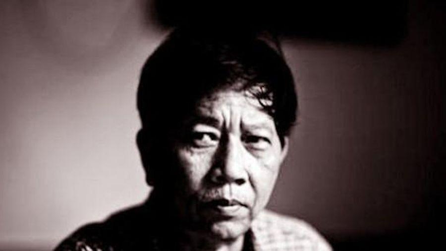 Đấu giá bản in đầu tiên tập truyện 'Tướng về hưu' của nhà văn Nguyễn Huy Thiệp
