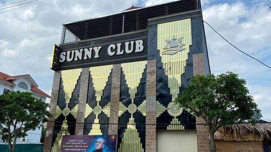 Đình chỉ 2 cán bộ công an liên quan đến hoạt động của 'ổ dịch' quán bar Sunny