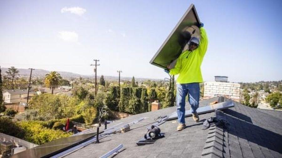 Ngành năng lượng mặt trời Mỹ hy vọng sự phục hồi thời gian tới