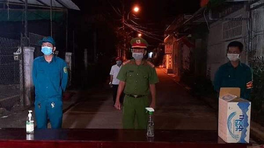 Khẩn cấp phong tỏa khu phố có ca dương tính với SARS-CoV-2 ở Đắk Lắk