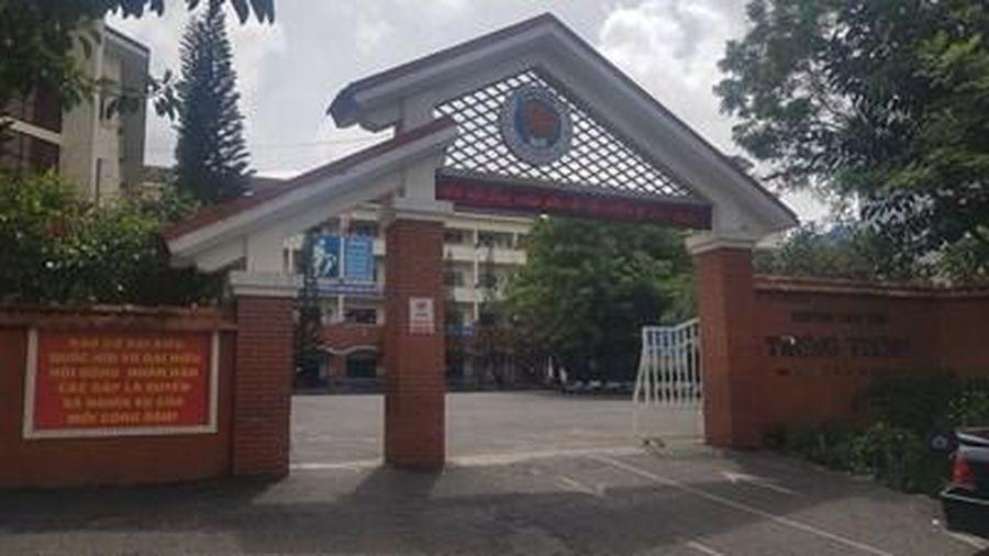 Lâm Đồng tạm đình chỉ giáo viên đánh học sinh lớp 2 bầm mông