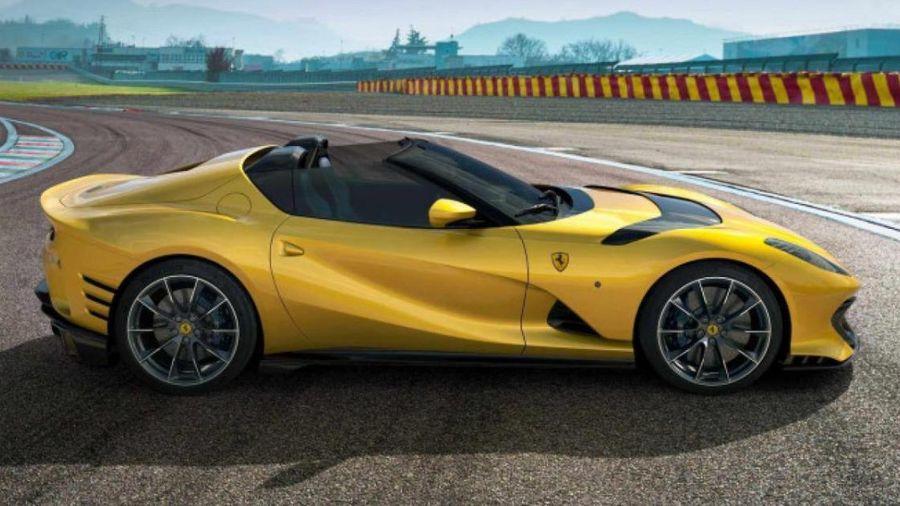 Ferrari 812 Competizione A trình làng, tăng tốc lên 100km/h chỉ 2,85 giây