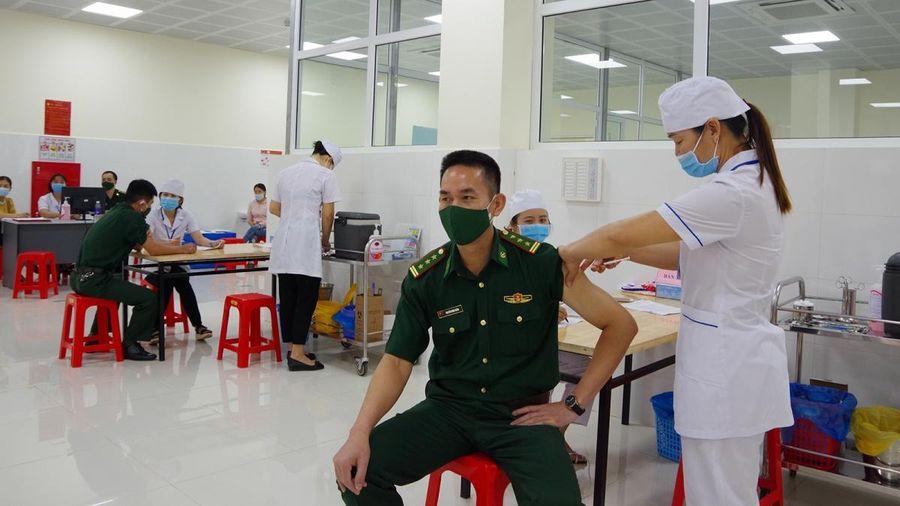 Sơn La tổ chức tiêm vaccine Covid-19 cho cán bộ, chiến sĩ Bộ đội Biên phòng