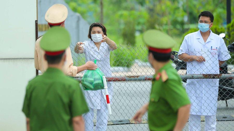 Thêm 2 điều dưỡng tại Bệnh viện Bệnh Nhiệt đới Trung ương nhiễm SARS-CoV-2