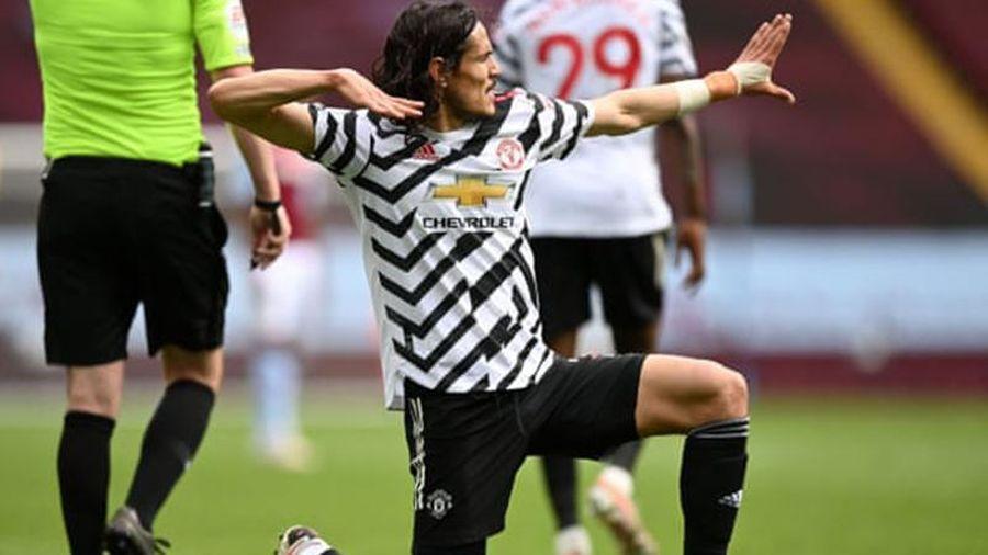 Ngược dòng thắng Aston Villa 3-1, Man United kìm chân Man City lên ngôi sớm