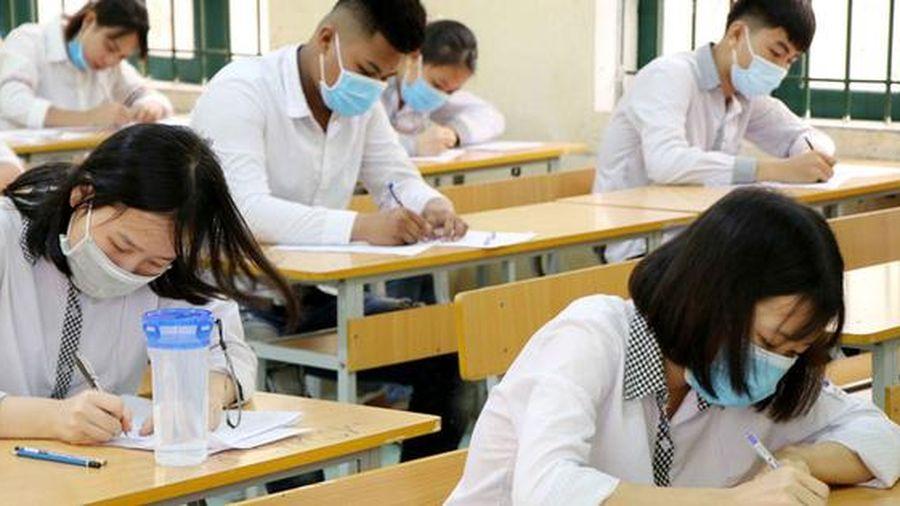 Đề thi tốt nghiệp THPT có 'dễ thở' hơn?
