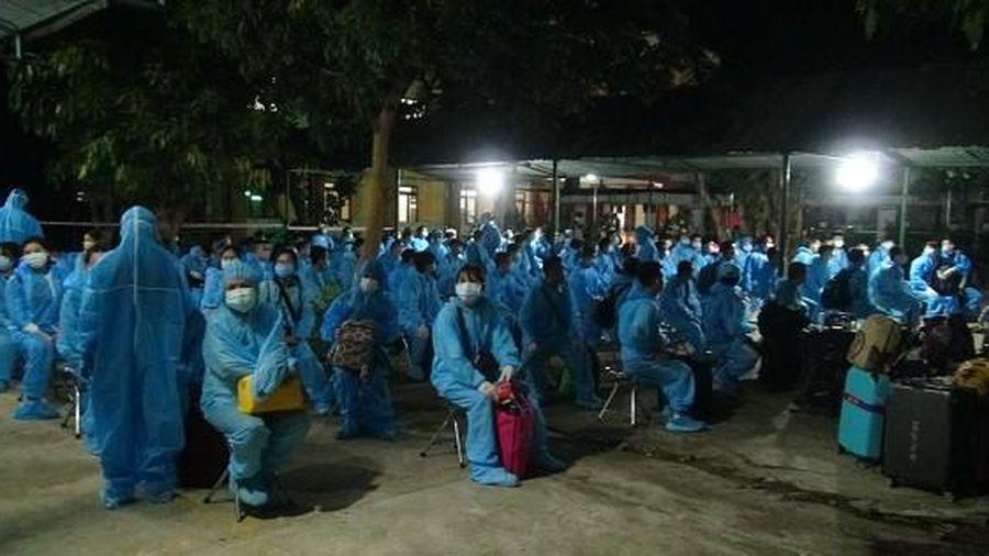 Quảng ngãi tiếp nhận 236 công dân lao động từ nước ngoài về cách ly tập trung