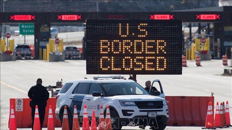 Những yếu tố để Mỹ và Canada mở cửa biên giới trở lại