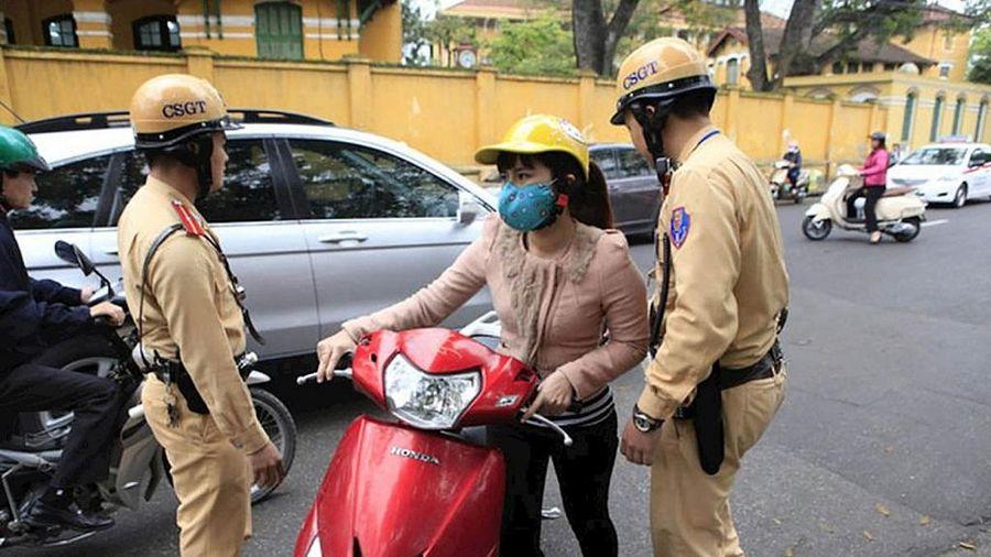Không có bảo hiểm xe máy phạt bao nhiêu năm 2021?