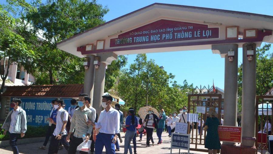 Quảng Trị cho học sinh tạm dừng đến trường để phòng chống Covid-19