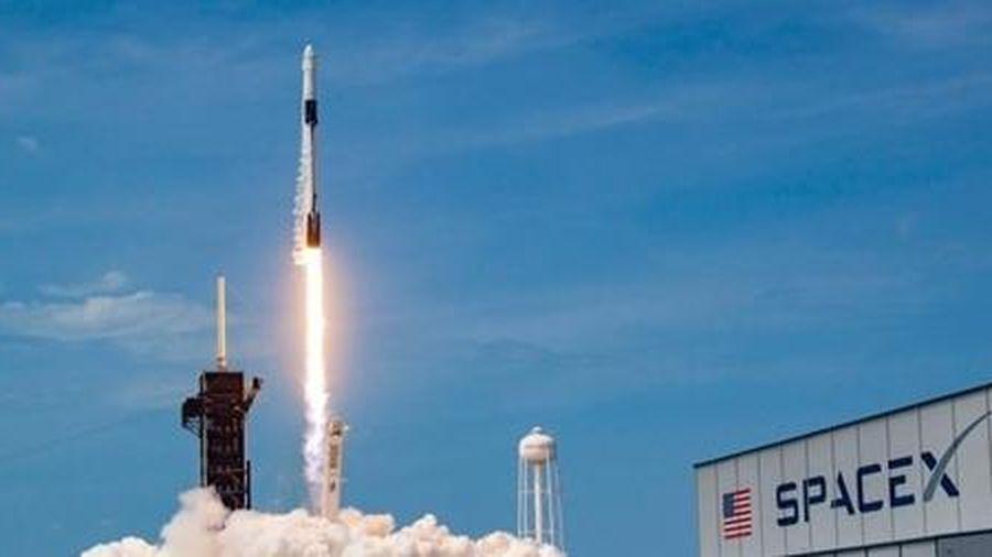 Crew Dragon và tương lai ngành du lịch vũ trụ