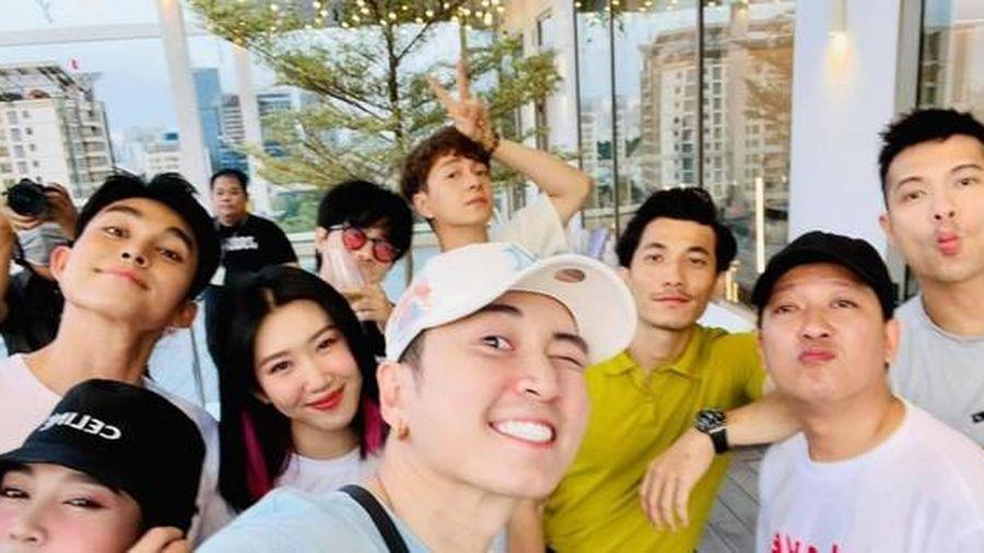 'Full' dàn cast 'Running Man Việt' mùa 2 trong cùng một khung hình, ai cũng đầy năng lượng
