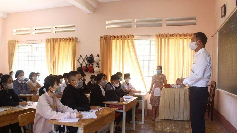 Đắk Lắk đẩy nhanh tiến độ hoàn thành thi học kỳ II trước ngày 13/5