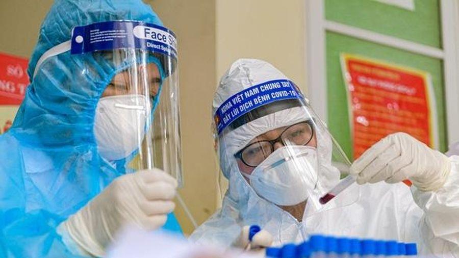 Tìm người đến bộ phận 'một cửa' UBND xã Tô Hiệu (huyện Thường Tín) từ ngày 4-5 đến 6-5