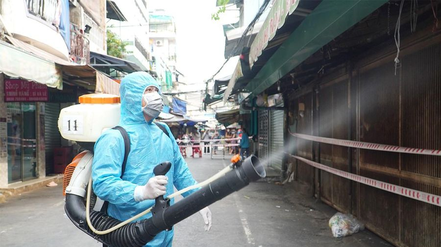 COVID-19: Việt Nam chưa cần giãn cách xã hội