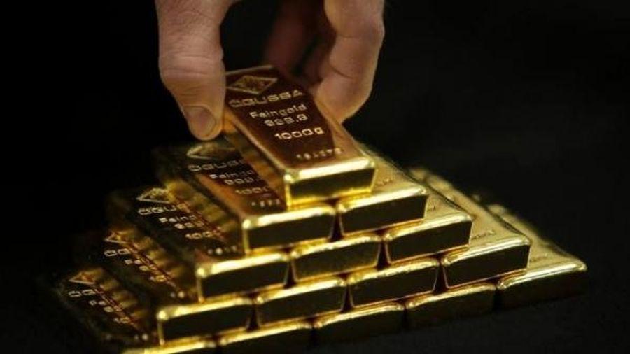 Giá vàng hôm nay 12/5: Giá cả leo thang, vàng tiếp tục chinh phục đỉnh cao?