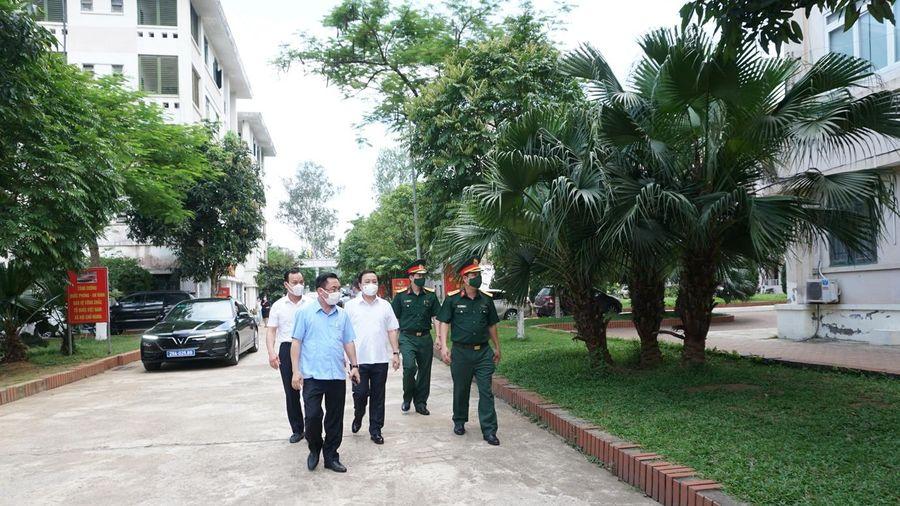 Phó Chủ tịch TP Hà Nội kiểm tra khu cách ly tập trung tại Thạch Thất