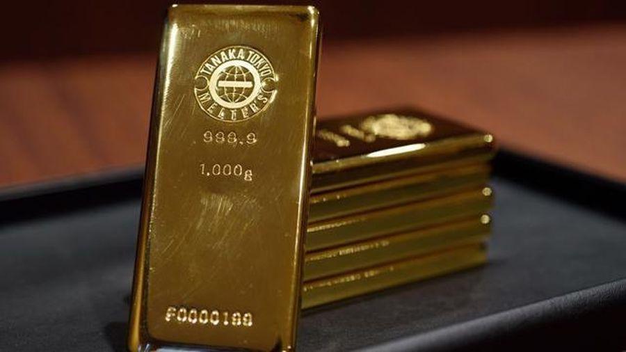 Giá vàng thế giới lao dốc chóng mặt, trong nước giảm 100.000 đồng/lượng