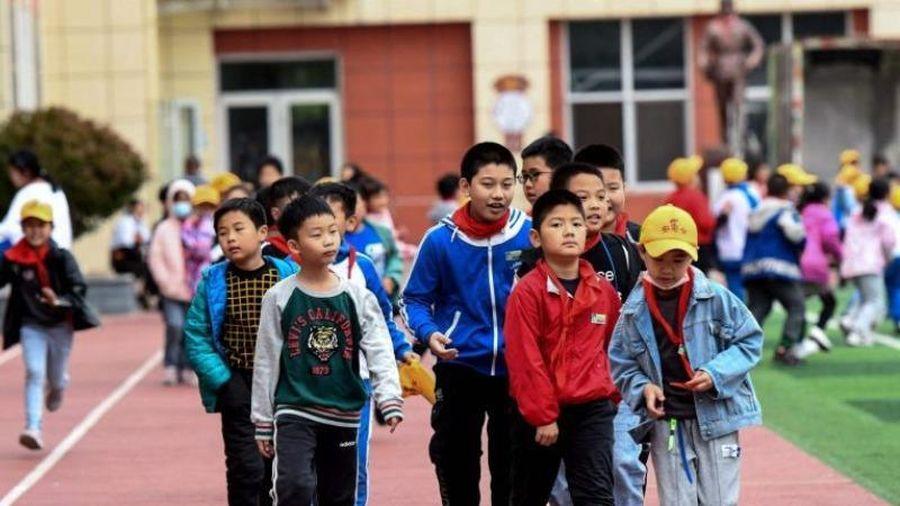 Trung Quốc ra luật cấm dạy giáo trình nước ngoài ở trường tư