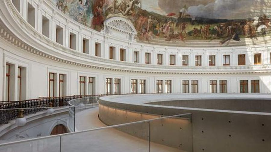 Ấn tượng bên trong bảo tàng nghệ thuật đương đại Bourse de Commerce