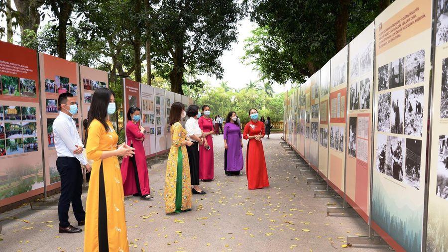 Khai mạc trưng bày 'Học tập và làm theo tư tưởng, đạo đức, phong cách Hồ Chí Minh'