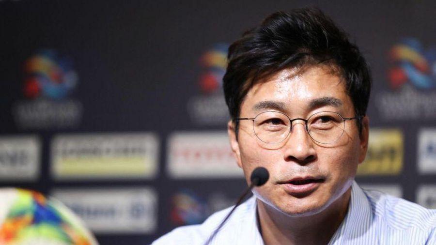 HLV Phùng Thanh Phương đối đầu HLV vô địch châu Á