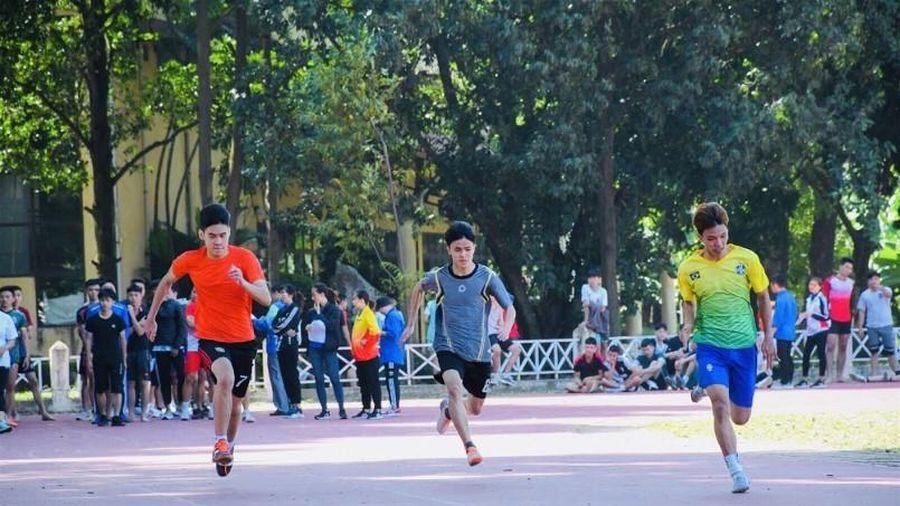 Bí quyết đạt điểm cao môn Năng khiếu thể thao: Kinh nghiệm rèn kỹ thuật, sức mạnh và tốc độ