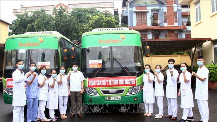Thái Nguyên cử đoàn cán bộ, bác sĩ hỗ trợ Bắc Giang chống dịch COVID-19