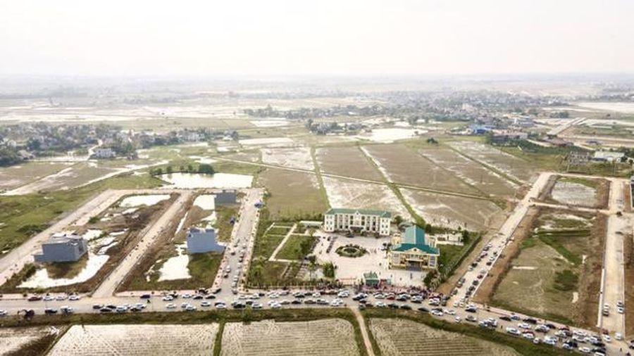 Thanh Hóa tạm dừng nhiều cuộc đấu giá quyền sử dụng đất vì Covid-19
