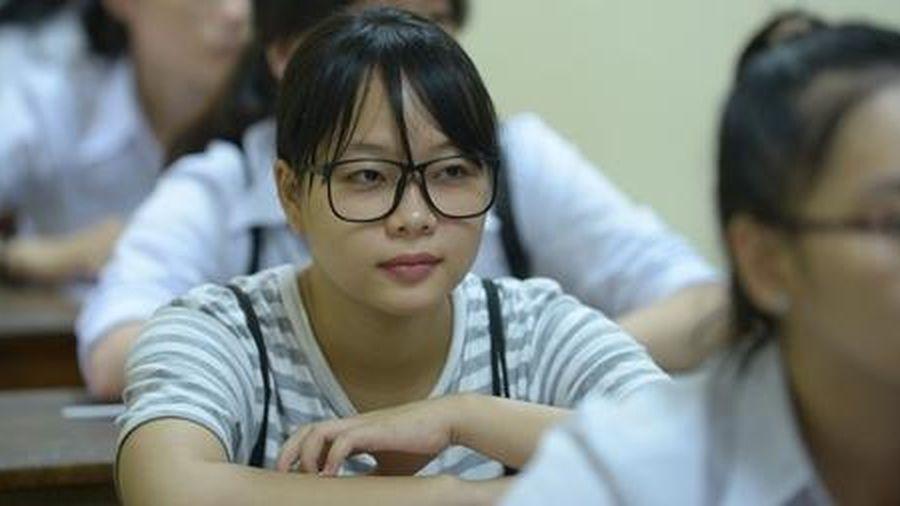 Hà Nội cho học sinh lớp 12 'thi thử' tốt nghiệp bằng hình thức trực tuyến
