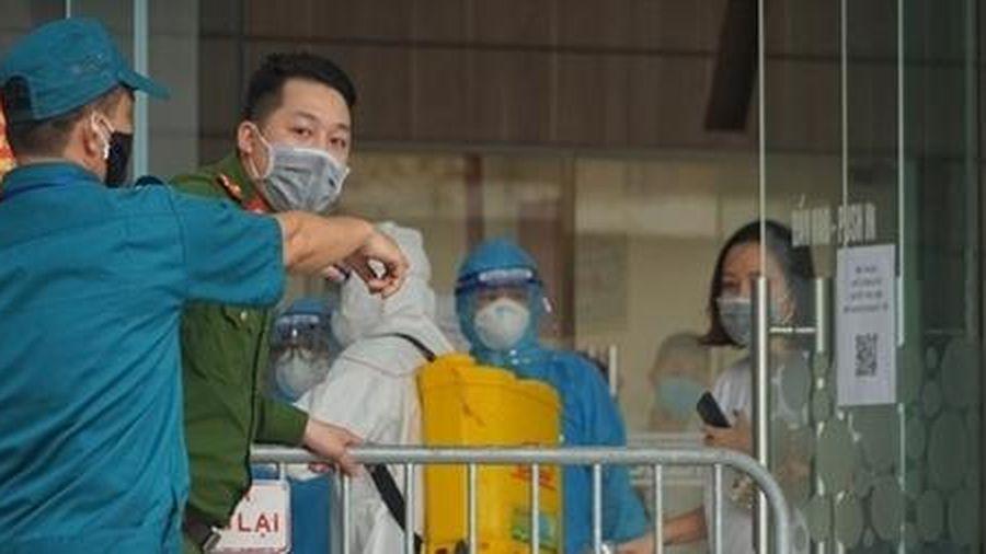 Để lây lan dịch bệnh - Ý thức công dân ở đâu?