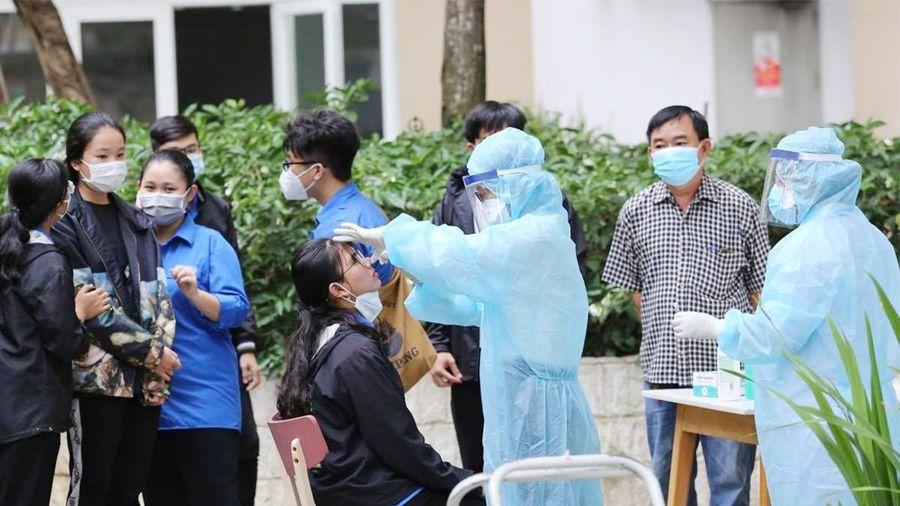 TP.HCM cấp tốc cô lập ca nhiễm cộng đồng