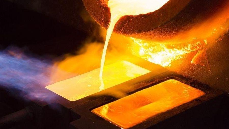 Giá vàng hôm nay 19/5: Bật tăng dữ dội, vượt đỉnh 4 tháng, vàng còn tiếp tục leo dốc?