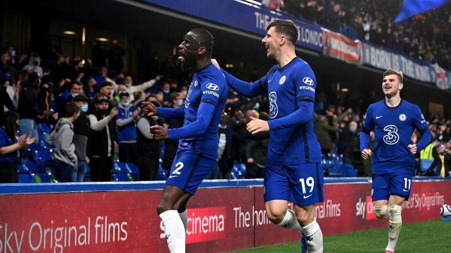 Premier League: Chelsea hạ Leicester, M.U giành vị trí á quân