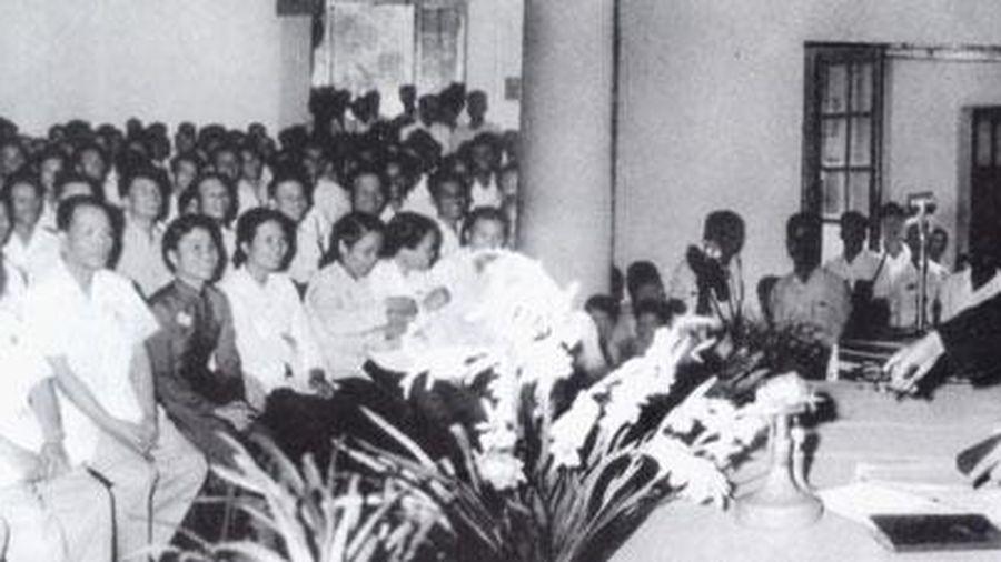 Thông tấn xã Việt Nam học tập Bác Hồ cách làm báo, viết báo